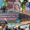 Saksi: Ratusan Ribu Massa Jemput Kedatangan Rizieq di Bandara Soekarno