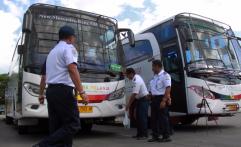 Djarot Larang Bus Tak Layak Jadi Angkutan Lebaran