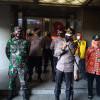 Bandel tak Pakai Masker, Warga di Johar Baru Disanksi Baca Pancasila dan Al Fatihah