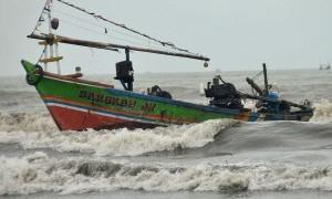 Belasan Ribu Nelayan 'Teriak' Kesulitan Dapatkan BBM