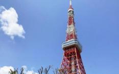 Mencoba Bungee Jumping dari Tokyo Tower dengan Bantuan Virtual Reality