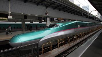 Kereta Cepat di Jalur Transportasi Massal