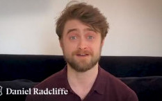 Daniel Radcliffe Siap Bacakan Cerita 'Harry Potter and The Philosopher's Stone' Untukmu