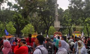 Anies-Sandi Menuju Balkot, Jalan Merdeka Selatan Diblokir