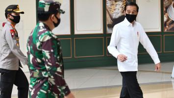 Jokowi Kembali Sentil Menkes Soal Insentif Tenaga Kesehatan Yang Belum Cair