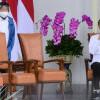 Kerap Blusukan di Jakarta, Menteri Risma Dinilai Ingin Jegal Anies