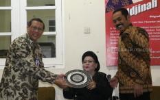 Hari Musik Nasional, Maestro Keroncong Waljinah Terima Penghargaan dari Museum Lokananta