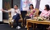 Ardina Rasti dan Suami Jadi Ikon Pameran Pernikahan