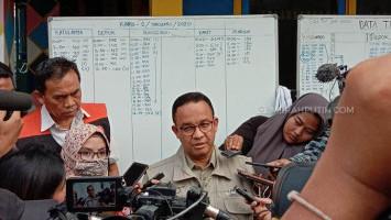 Anies Tanggapi Pernyataan Jokowi Penyebab Banjir karena Sampah