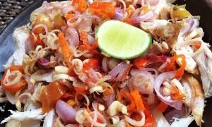 Hadirkan Nuansa Pulau Dewata di Meja Makan dengan Ayam Sambal Matah
