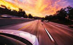 Jarak Aman Berkendara Dihitung Satuan Detik