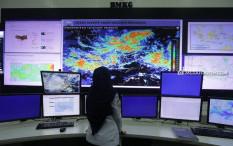 BMKG Prediksi Perairan Indonesia Bakal Dihantam Gelombang Tinggi Hingga Empat Meter