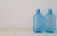 Air Galon Isi Ulang atau Sekali Pakai, Mana yang Lebih Aman dan Ramah Lingkungan?
